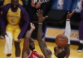 NBA官宣火湖大战裁判报告,罚下哈登保罗都正确,争议彻底消失