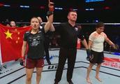 格斗狂人点评UFC北京站,批评李景亮:别显摆英语,对手质量差