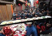 被冠誉中国最美小镇的中山古镇春节自带清风