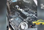 """丰田""""皇冠""""车主注意了!孕妇投诉开了两年的车,异味竟还没有散去, TVOC超标20%"""