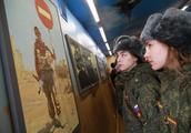俄罗斯逐步取消义务兵制,利大还是弊大?