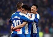 武磊首发了!中国足球迎来历史性时刻,武磊因此创造两大新纪录