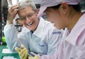 苹果卖不动了?或主动削减30%新iPhone产量,网友:还是太便宜