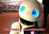 """机器人""""优友""""在甘肃省博物馆上班了"""