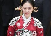 SBS新剧《皇后的品格》崔振赫超敬业,带眼伤敬业出席开播记者会