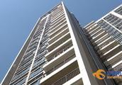 悲剧!6岁男童独自在家 爬阳台从20楼坠下身亡