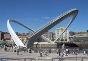 这是世界唯一一座可以旋转的大桥,设计者获2.8亿奖金,通行3天就停用