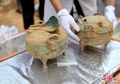 河南洛阳发现一座西汉大墓 出土多件珍贵随葬品疑似挖出千年美酒