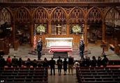 哀悼!老布什私人葬礼周四举行 得州民众彻夜排队向前总统致敬
