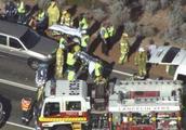 载中国游客小巴澳洲遇惨烈车祸 已致3死多伤
