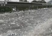 中央气象台继续寒潮暴雪双预警 局地降温10℃