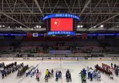 少雪少冰的上海不仅办起学生冰上运动会,到2022年每个区都要有青少年冰雪运动馆!
