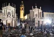 意大利发生踩踏事件,伤亡惨重!正值年底,出入人流密集场所一定要当心