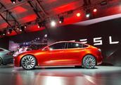 《消费者报告》不再推荐Model 3 特斯拉股价下跌
