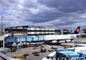 德国机场安检罢工 22万名乘客滞留