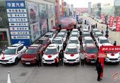 林州:江淮瑞风s4首批客户集中交车仪式隆重举行