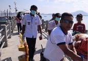 泰国普吉两船相撞 致多名中国游客受伤 事故原因查明:快艇?#36739;?#30424;失灵