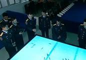 不明潜艇挑衅中国海军,中国军舰穿越死亡海域实施堵截,太危险了