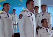 不明潜艇闯入中国海军演习现场,首长:客人来了,我们就招待他!