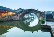 杭州边最有年味的江南古镇 琥珀色的花雕里藏着绍兴人的分寸和江湖|大美中国