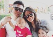 李小鹏与妻子回应语言争议:奥莉成妈妈的中文老师,一起进步!