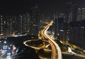 内地人被香港人歧视,应该如何维权?