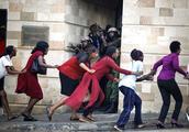 肯尼亚首都爆炸袭击已致15人死亡,多名枪手和军警激烈交火
