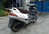 水冷踏板摩托车发动机过热,水温异常陡升,原来是这个配件在惹祸