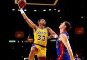 NBA历史得分排名 只有他是唯一的现役球员?