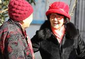 1984年,她身家千万,两年后被判无期,72岁出狱再创业挣千万家产