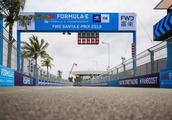 在进攻弯道观赛、参观维修区……都是方程式,FE和F1有何不同?