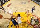 NBA常规赛勇士锁定西部第一!