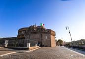 圣天使堡从皇家陵墓到国家博物馆,成为俯瞰罗马市景的好地方
