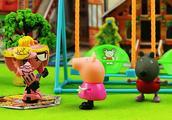 蛋蛋星公主降临童话镇,和小猪佩奇快乐荡秋千