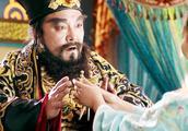 武神赵子龙:董卓见貂蝉美若天仙,纳其为妾,吕布直冲王府