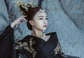 《朝歌》中李一桐出演的九尾狐,让人感叹比苏妲己还要美