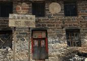 中国最穷山村刚火起来就乱收费,被评为最贪心的山村