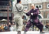 李连杰好莱坞创下的这个成绩,成龙都做不到,网友:华语片第一人
