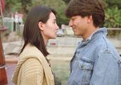 刘德华追张曼玉这场戏配上这首《心中爱你口难言》简直浪漫极了