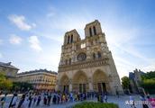 还记得雨果笔下的巴黎圣母院吗快来看看今天的巴黎圣母院教堂