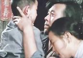 《芙蓉镇》姜文与刘晓庆因戏生情,演绎像牲口的一样生活