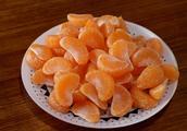 酸橘子不用扔,教你做成橘子罐头,不酸也不苦,做法超简单