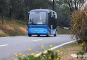 武汉无人驾驶巴士正式载客运营!这里可以乘坐