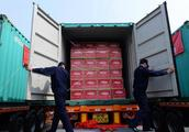 突发,瑞士销毁中国41吨名表,每年亏损近百万!当众碾压,我国怒