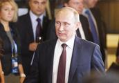 普京果然出手了:特朗普怒怼马克龙之后,俄罗斯的态度意味深长