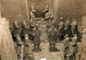 """坑儒事件是秦始皇残暴专断的象征,就扣上""""摧残文化""""的大帽子?"""