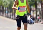 有人在马拉松赛道上拿了那么多能量胶,究竟反映了多少问题
