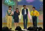 1991年成龙宣传飞鹰计划上日本综艺节目,日本观众非常喜欢成龙
