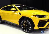 2019 兰博基尼Urus,售价约400万,看完你就知啥叫顶级SUV!