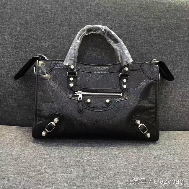 Balenciaga city~s 机车包